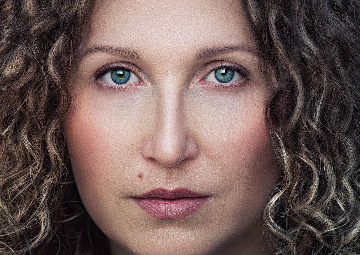 Portrait close up woman