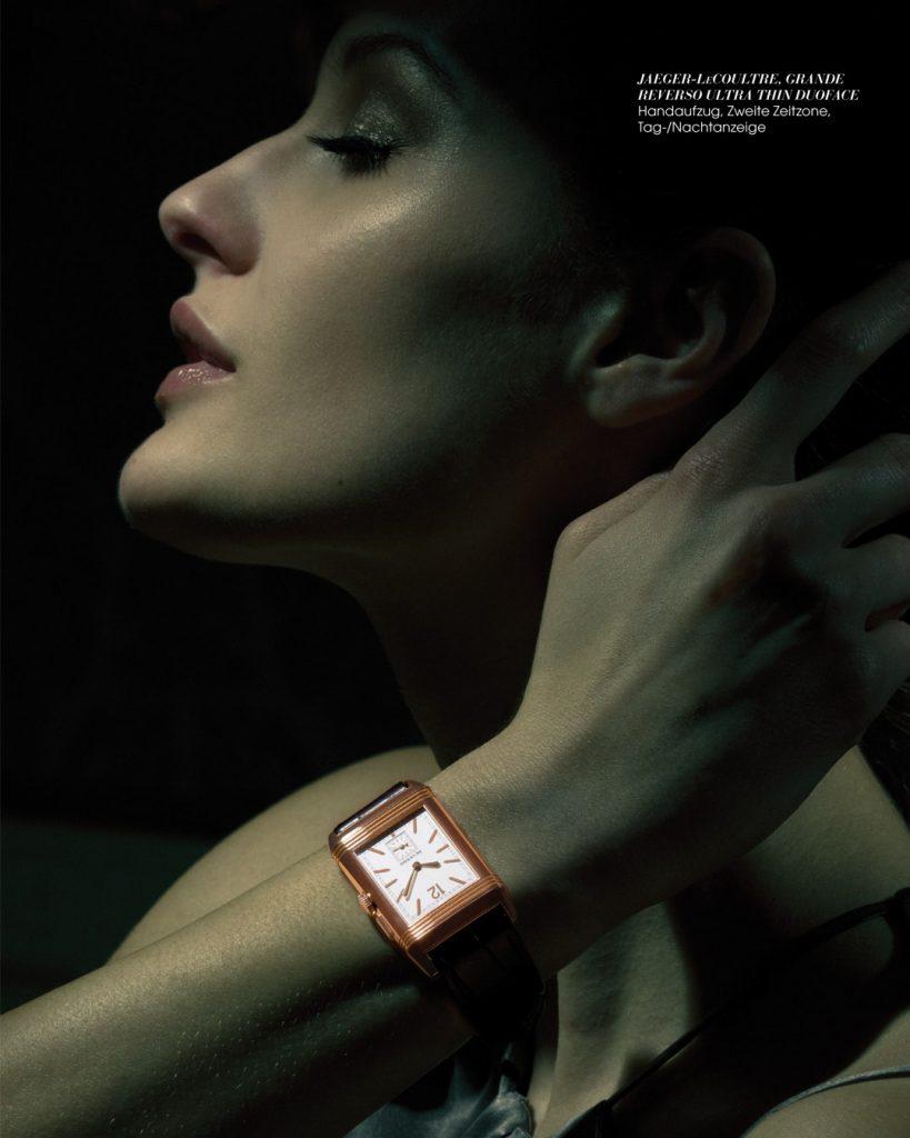 Professionelle Bildbearbeitung & Beautyretusche Uhrenshooting Frau mit Uhr am Handgelenk